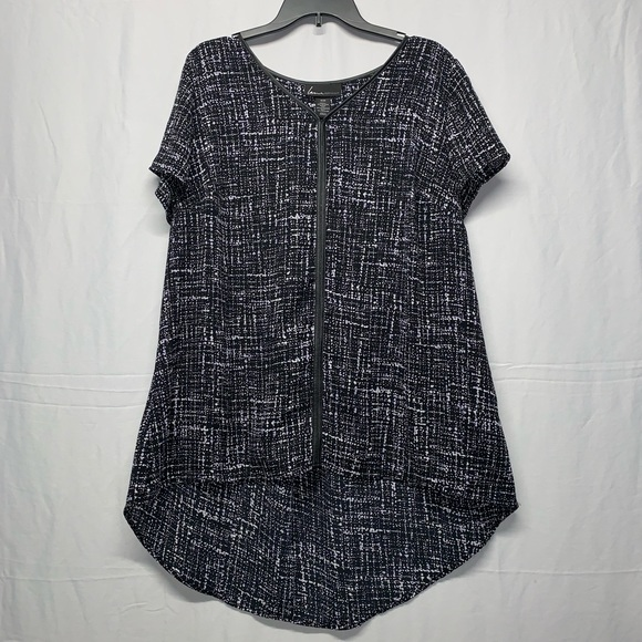 Lane Bryant Tops - Lane Bryant high/low top size 18/20